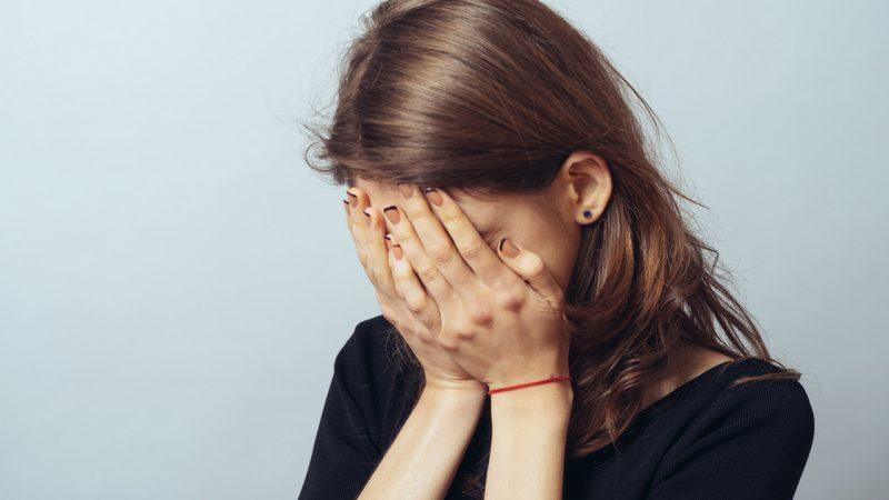 Снятие стресса с помощью слез