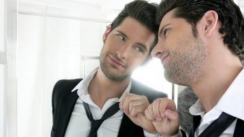 Как нарциссы получают власть