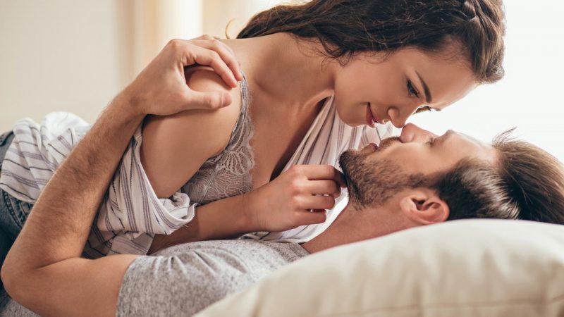 Почему люди изменяют в отношениях?