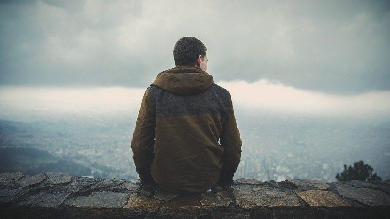 10 способов облегчить боль одиночества