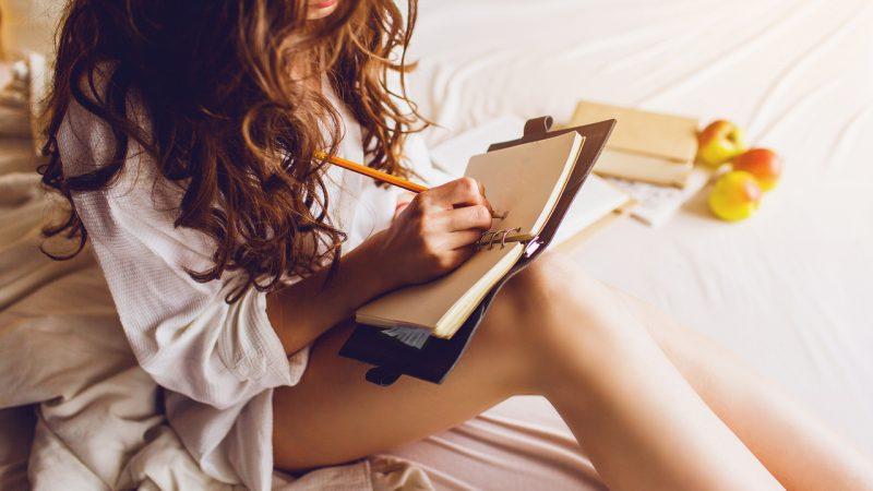 Как дневник может помочь вам уснуть