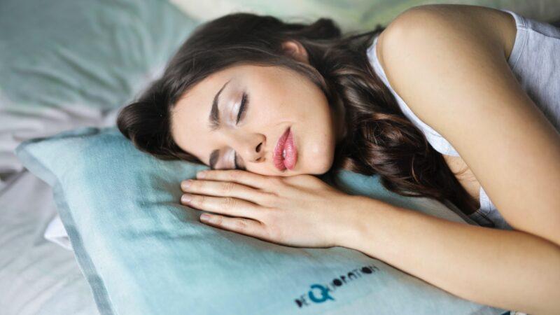 5 признаков того, что вам нужно больше спать