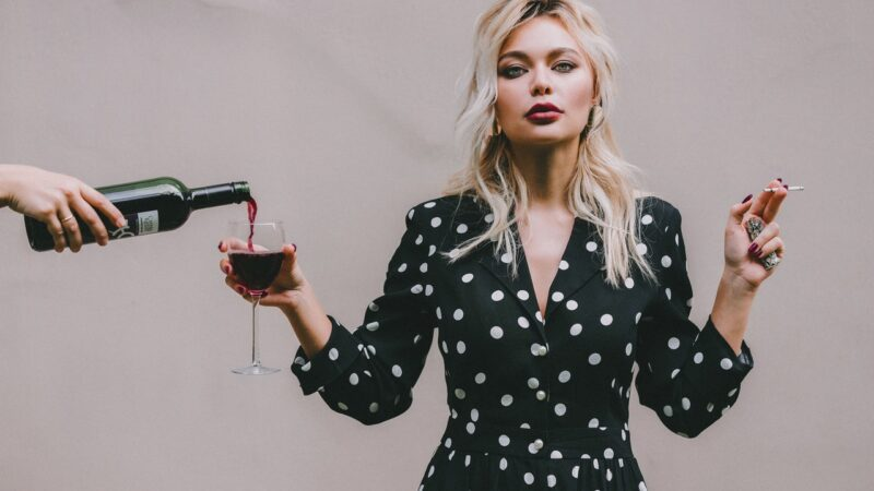 Сила Диониса: влияние красного вина на сознание